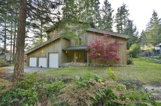 Photo 1: 13437 LEE ROAD in Pender Harbour: Pender Harbour Egmont House for sale (Sunshine Coast)  : MLS®# R2322389