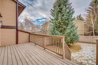 Photo 2: 802 EDGEMONT RD NW in Calgary: Edgemont House for sale : MLS®# C4221760