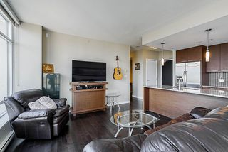 "Photo 15: 705 6188 WILSON Avenue in Burnaby: Metrotown Condo for sale in ""Jewel 1"" (Burnaby South)  : MLS®# R2394453"