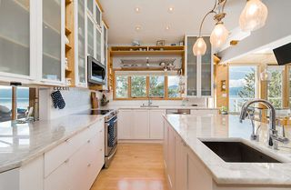 Photo 11: 115 KELVIN GROVE Way: Lions Bay House for sale (West Vancouver)  : MLS®# R2405194