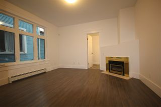 Photo 6: 624 E 11TH Avenue in Vancouver: Mount Pleasant VE House for sale (Vancouver East)  : MLS®# R2413732