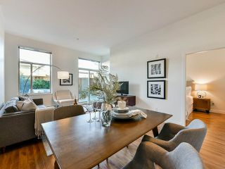 """Photo 5: 103 702 E KING EDWARD Avenue in Vancouver: Fraser VE Condo for sale in """"Magnolia"""" (Vancouver East)  : MLS®# R2446677"""