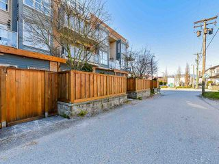 """Photo 17: 103 702 E KING EDWARD Avenue in Vancouver: Fraser VE Condo for sale in """"Magnolia"""" (Vancouver East)  : MLS®# R2446677"""
