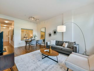 "Photo 1: 103 702 E KING EDWARD Avenue in Vancouver: Fraser VE Condo for sale in ""Magnolia"" (Vancouver East)  : MLS®# R2446677"