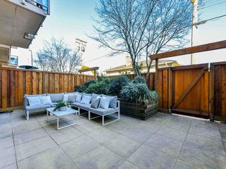 "Photo 2: 103 702 E KING EDWARD Avenue in Vancouver: Fraser VE Condo for sale in ""Magnolia"" (Vancouver East)  : MLS®# R2446677"