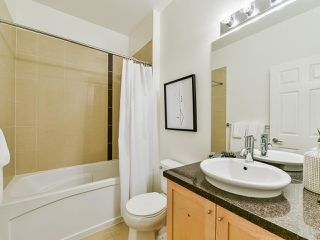 "Photo 11: 103 702 E KING EDWARD Avenue in Vancouver: Fraser VE Condo for sale in ""Magnolia"" (Vancouver East)  : MLS®# R2446677"