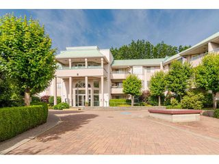 """Photo 1: 312 33165 OLD YALE Road in Abbotsford: Central Abbotsford Condo for sale in """"Somerset Ridge"""" : MLS®# R2469167"""
