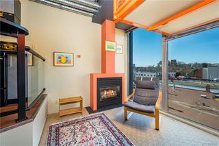 Photo 6: 414 1061 Fort St in Victoria: Vi Downtown Condo Apartment for sale : MLS®# 836282