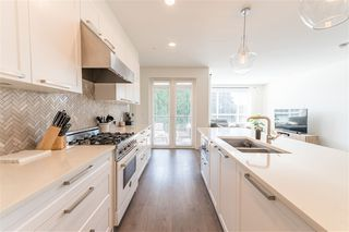 Photo 10: 406 33540 MAYFAIR Avenue in Abbotsford: Central Abbotsford Condo for sale : MLS®# R2481068