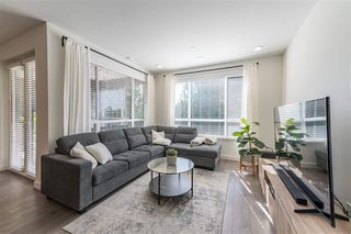 Photo 2: 406 33540 MAYFAIR Avenue in Abbotsford: Central Abbotsford Condo for sale : MLS®# R2481068