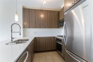 "Photo 5: 3003 2955 ATLANTIC Avenue in Coquitlam: North Coquitlam Condo for sale in ""OASIS"" : MLS®# R2483933"