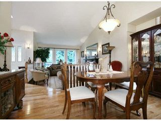 Photo 9: 5661 125A Street in Surrey: Panorama Ridge House for sale : MLS®# R2490130