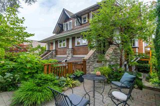 Photo 2: 2655 YORK AVENUE in Vancouver: Kitsilano 1/2 Duplex for sale (Vancouver West)  : MLS®# R2489587