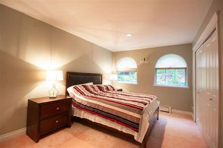 Photo 15: 13838 CRESCENT Road in Surrey: Elgin Chantrell House for sale (South Surrey White Rock)  : MLS®# R2519373