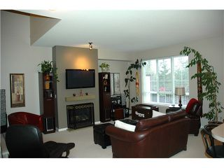 "Photo 3: 41 2200 PANORAMA Drive in Port Moody: Heritage Woods PM Townhouse for sale in ""QUEST"" : MLS®# V996128"
