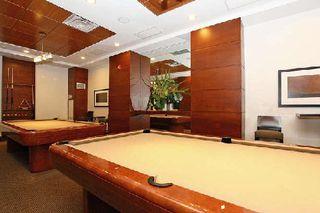 Photo 2: 11 310 Burnhamthorpe Road in Mississauga: City Centre Condo for sale : MLS®# W3008201