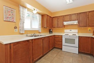 Photo 9: 2421 WAYBURN CRESCENT in Langley: Willoughby Heights House for sale : MLS®# R2069614
