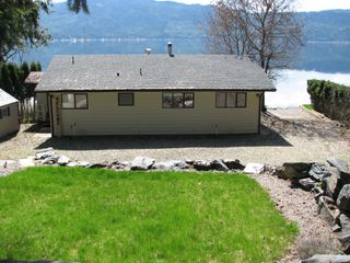Photo 2: 6366 Squilax Anglemont Hwy in Magna Bay: North Shuswap House for sale (Shuswap)  : MLS®# 10181400