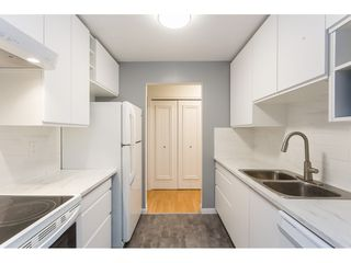 "Photo 4: 203 10644 151A Street in Surrey: Guildford Condo for sale in ""Lincoln's Hill"" (North Surrey)  : MLS®# R2398394"