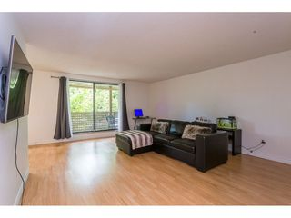 "Photo 9: 203 10644 151A Street in Surrey: Guildford Condo for sale in ""Lincoln's Hill"" (North Surrey)  : MLS®# R2398394"