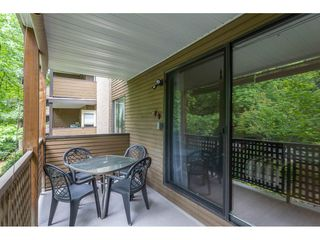 "Photo 17: 203 10644 151A Street in Surrey: Guildford Condo for sale in ""Lincoln's Hill"" (North Surrey)  : MLS®# R2398394"