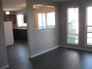 Photo 9: 6437 180 Street in Edmonton: Zone 20 Townhouse for sale : MLS®# E4170675