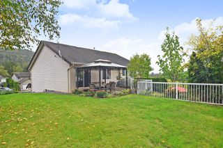 """Photo 18: 35579 TWEEDSMUIR Drive in Abbotsford: Abbotsford East House for sale in """"McKinley Heights"""" : MLS®# R2407472"""