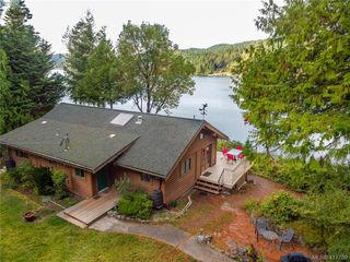 Photo 4: 8808 Canal Road in PENDER ISLAND: GI Pender Island Single Family Detached for sale (Gulf Islands)  : MLS®# 417739