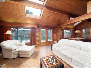 Photo 5: 8808 Canal Road in PENDER ISLAND: GI Pender Island Single Family Detached for sale (Gulf Islands)  : MLS®# 417739