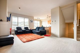 """Photo 3: 91 1369 PURCELL Drive in Coquitlam: Westwood Plateau Townhouse for sale in """"WHITETAIL LANE"""" : MLS®# R2435368"""