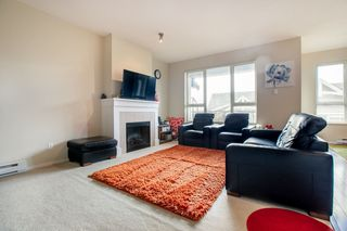 """Photo 4: 91 1369 PURCELL Drive in Coquitlam: Westwood Plateau Townhouse for sale in """"WHITETAIL LANE"""" : MLS®# R2435368"""