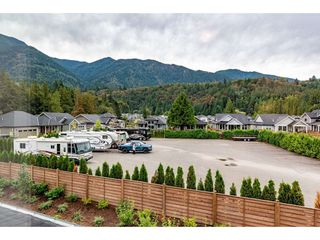 """Photo 38: 67 1885 COLUMBIA VALLEY Road in Cultus Lake: Lindell Beach House for sale in """"AQUADEL CROSSING"""" : MLS®# R2465993"""