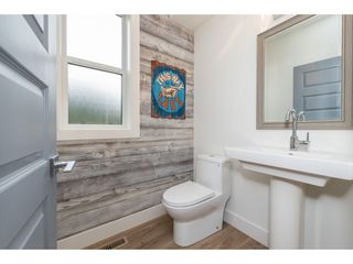 """Photo 6: 67 1885 COLUMBIA VALLEY Road in Cultus Lake: Lindell Beach House for sale in """"AQUADEL CROSSING"""" : MLS®# R2465993"""