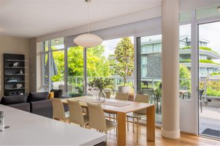 """Photo 5: 102 918 KEITH Road in West Vancouver: Park Royal Townhouse for sale in """"Evelyn - Cliffside II"""" : MLS®# R2466947"""