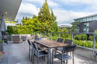 """Photo 3: 102 918 KEITH Road in West Vancouver: Park Royal Townhouse for sale in """"Evelyn - Cliffside II"""" : MLS®# R2466947"""