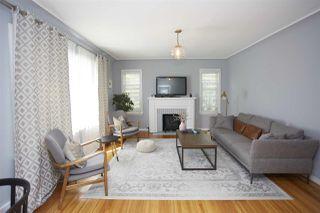 Photo 3: 8719 100 Street in Edmonton: Zone 15 House for sale : MLS®# E4202424