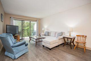 "Photo 2: 305 8840 NO. 1 Road in Richmond: Boyd Park Condo for sale in ""APPLE GREENE PARK"" : MLS®# R2477132"