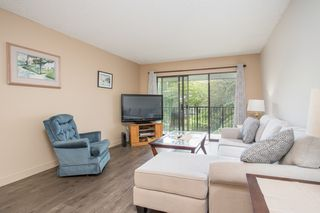 "Photo 3: 305 8840 NO. 1 Road in Richmond: Boyd Park Condo for sale in ""APPLE GREENE PARK"" : MLS®# R2477132"