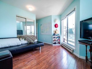 Photo 3: 303 2215 MCGILL Street in Vancouver: Hastings Condo for sale (Vancouver East)  : MLS®# R2487486