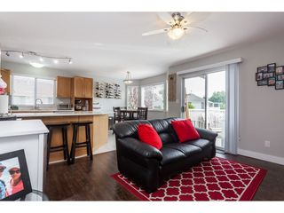 """Photo 7: 5088 215A Street in Langley: Murrayville House for sale in """"Murrayville"""" : MLS®# R2491403"""