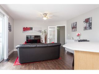 """Photo 8: 5088 215A Street in Langley: Murrayville House for sale in """"Murrayville"""" : MLS®# R2491403"""