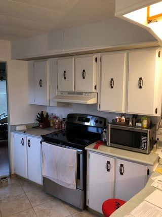 Photo 8: 25 1640 162 Street in Surrey: King George Corridor Manufactured Home for sale (South Surrey White Rock)  : MLS®# R2502160