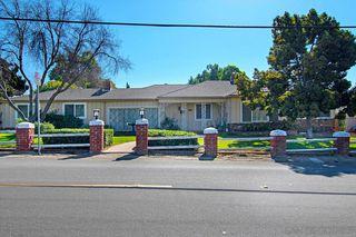 Photo 4: LEMON GROVE House for sale : 4 bedrooms : 7715 Mount Vernon St