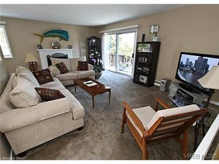 Photo 7: 3341 Betula Place in VICTORIA: Co Triangle Single Family Detached for sale (Colwood)  : MLS®# 304287