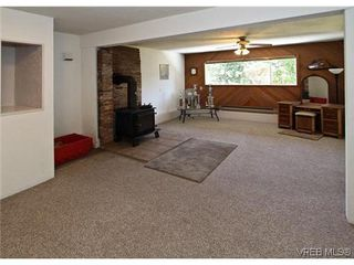 Photo 3: 3341 Betula Place in VICTORIA: Co Triangle Single Family Detached for sale (Colwood)  : MLS®# 304287