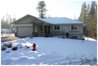 Photo 2: 2753 Sunnydale DR in Blind Bay: Shuswap Lake Estates House for sale : MLS®# 10061340
