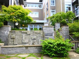 "Photo 4: 214 6279 EAGLES Drive in Vancouver: University VW Condo for sale in ""THE REFLECTIONS"" (Vancouver West)  : MLS®# V965357"