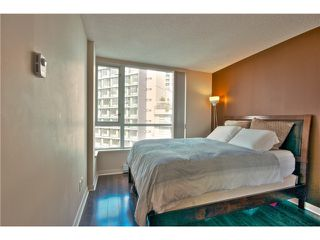"""Photo 11: 706 1212 HOWE Street in Vancouver: Downtown VW Condo for sale in """"1212 HOWE"""" (Vancouver West)  : MLS®# V1009386"""