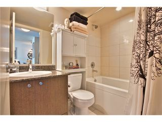"""Photo 12: 706 1212 HOWE Street in Vancouver: Downtown VW Condo for sale in """"1212 HOWE"""" (Vancouver West)  : MLS®# V1009386"""
