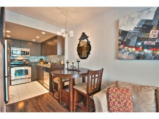 """Photo 6: 706 1212 HOWE Street in Vancouver: Downtown VW Condo for sale in """"1212 HOWE"""" (Vancouver West)  : MLS®# V1009386"""